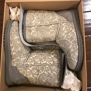 UGG Classic Short Paisley Gray Size 9
